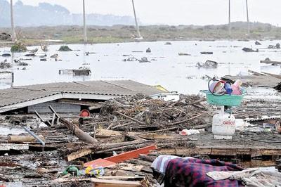 Tsunami Caused by Chilean Earthquake
