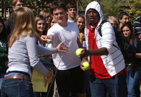 Naples HS Students Give Back