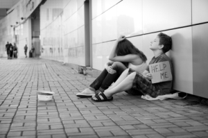bw_homeless_teens_21461332