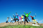 people_jumping_29365278.jpg