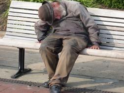 homeless-man-552571_pixabay